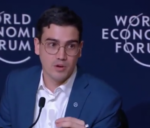 Millennium Discovers - The World Economic Forum: Juan David Aristizabal - Education Revolution