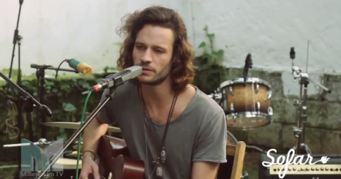 "Millennium Stereo: Allen Hulsey ""Argentina"" Live at Sofar, Istanbul"
