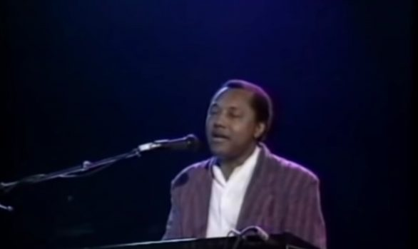 Millennium Stereo: Labi Siffre - Something Inside So Strong, Live